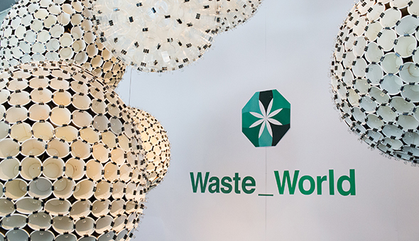 Louise-Harpman-LAB_Waste-World_Portfolio_IDSEM_07_Thumb